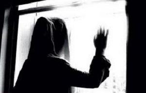 تجاوز به زن جوان توسط همکاران شوهر