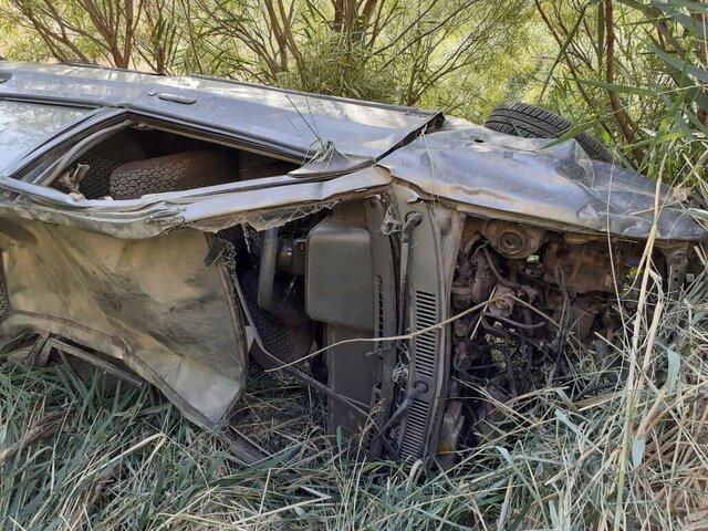 تصویر خودرو سقوط کرده در دره کوهسار