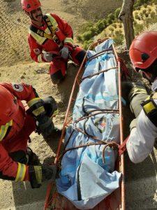 شخصی با خودرو پراید در کوهسار سقوط کرد و جان باخت